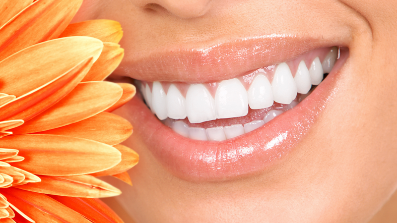 Effective Ways to whiten your teeth